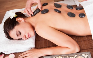 Breuss-/Hot-Stone-Massage
